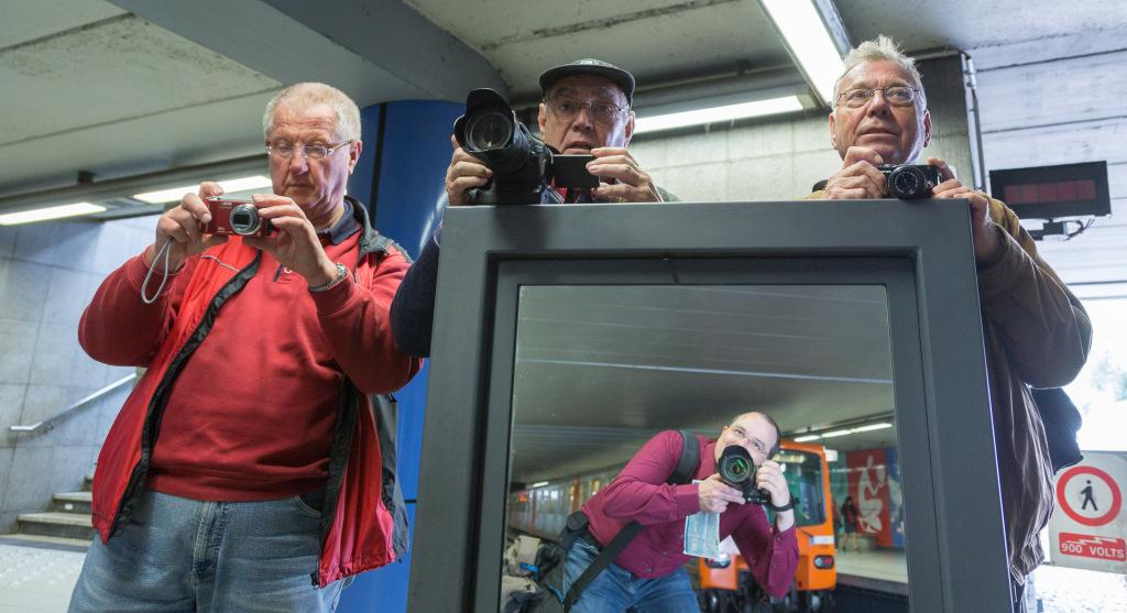 Gruppenfoto in der Metro
